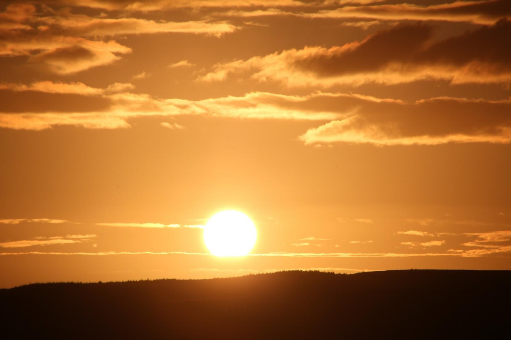 sun-49143_1920-e1476178417736